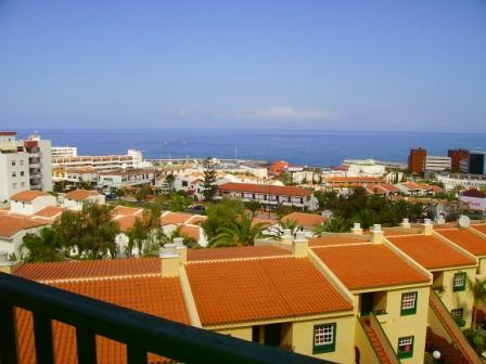 Lovely one bedroom apartment located in one of the best complexes in San Eugenio, central, close t, Spain