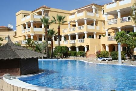 Spacious ground floor apartment on this lovely complex centrally located on Golf Del Sur. The proper, Spain