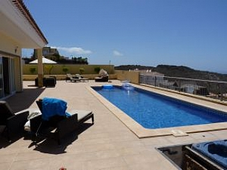 Large detached villa set on a plot of over 700m2 with wonderful coastal sea views. Build size of 261, Spain