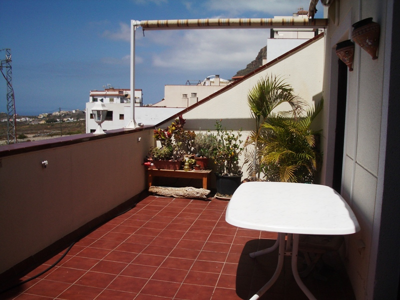 Consists of 2 bedrooms,2 bathrooms, American style kitchen and terrace wioth access from the loung, Spain